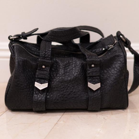 279121a89c Zara Pebble Leather Duffle Bag. M 5a9bbf8046aa7c1549db4d21